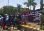 Ribuan buruh Banten kembali turun ke jalan untuk menyuarakan hak-hak mereka yang belum dipenuhi perusahaan, Kamis (31/10).